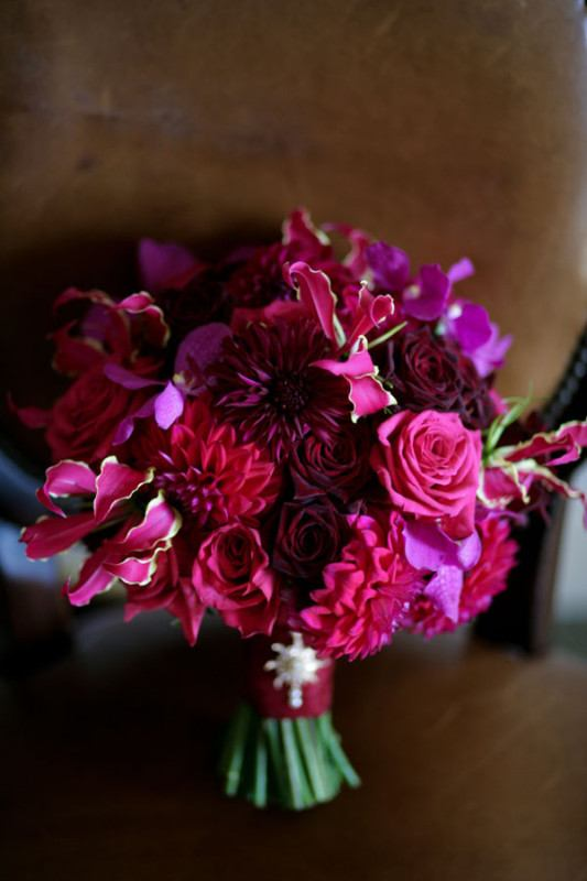 Deep reds and purples in this ombre-style bouquet. FlirtyFleurs.com