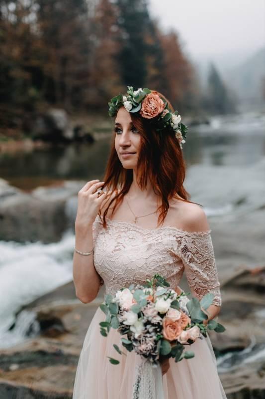 bride in a soft mauve wedding dress