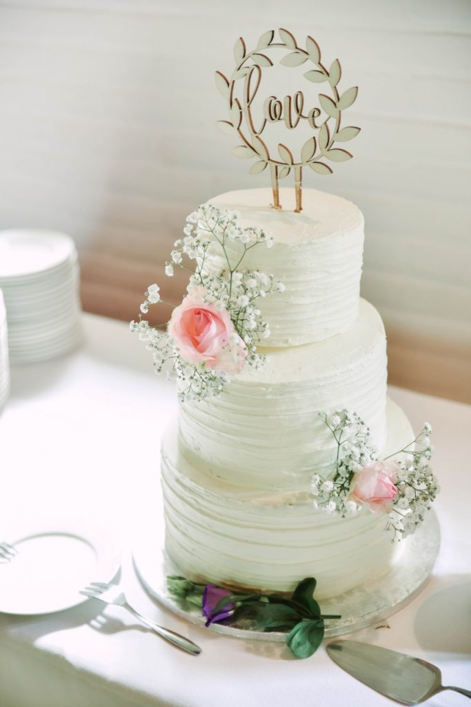 close focus of a wedding cake